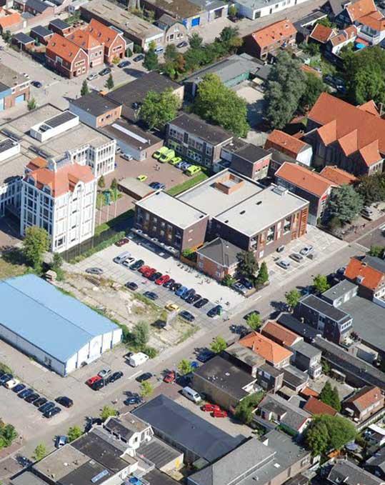 Zaanstad luchtfoto met Toermalijn school